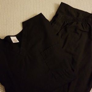 Black scrub set